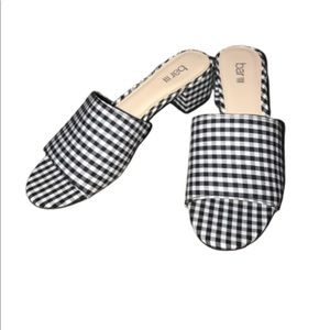 Bar III Gingham Black and White Checkered Sandals